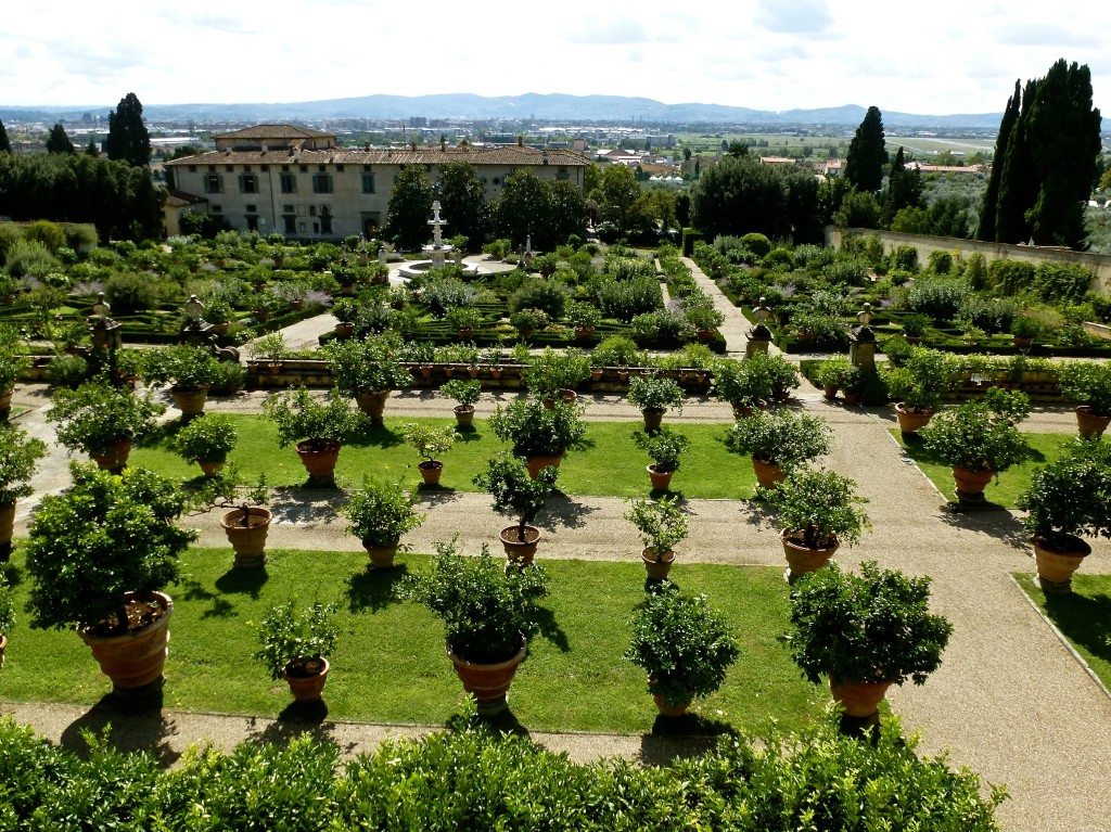 Jardins et villas you and florence guide touristique for Jardin de la villa